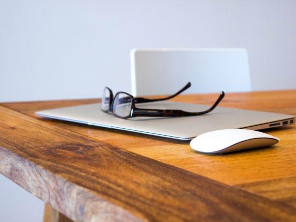 Salarié et freelance : les avantages