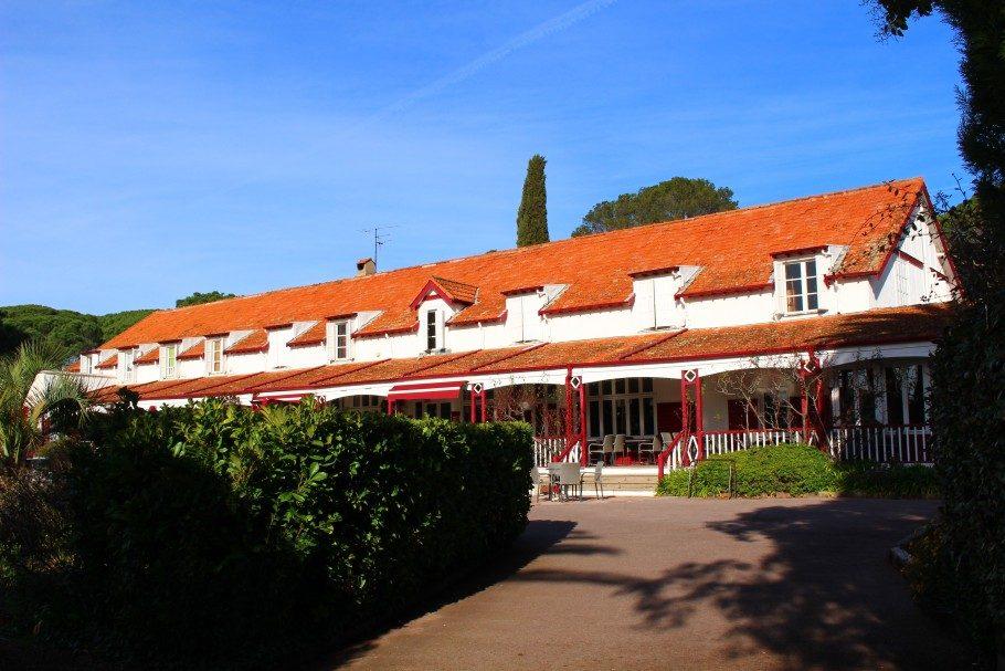 hôtel golf club valescure