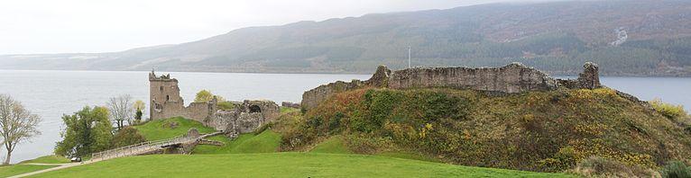 Urquhart_Castle_Panorama