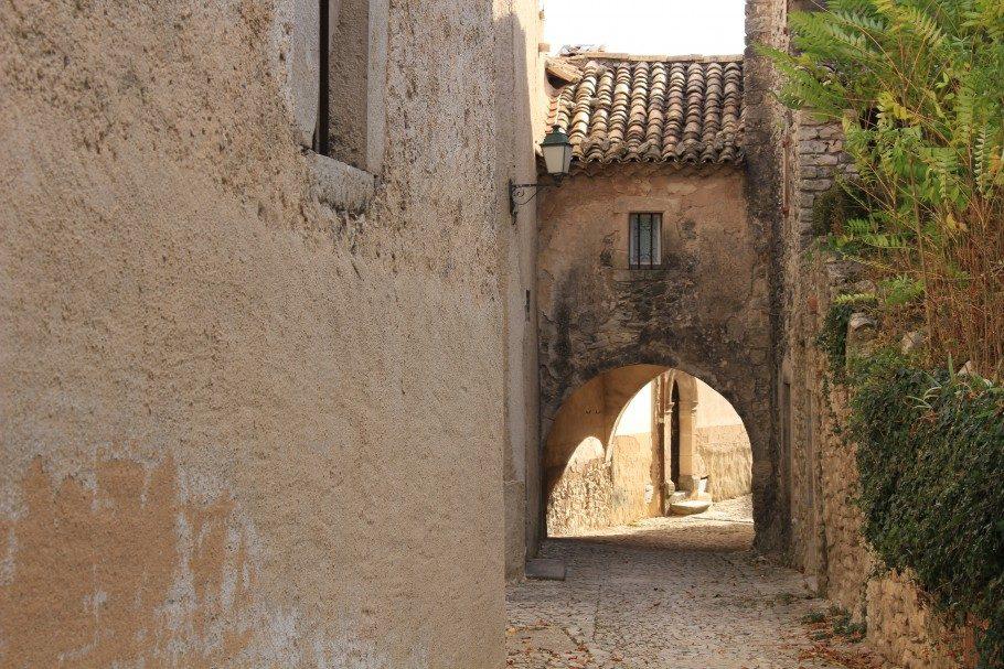 village-banon