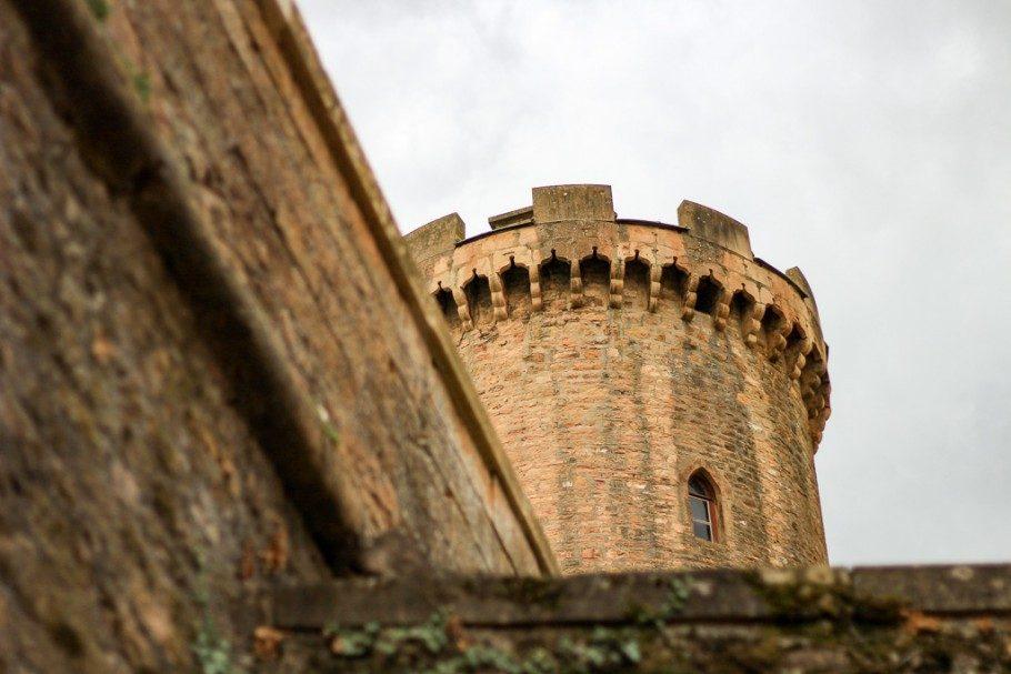 montmelas-chateau