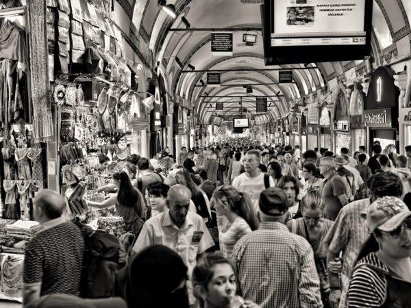 impact des influenceurs sur le tourisme
