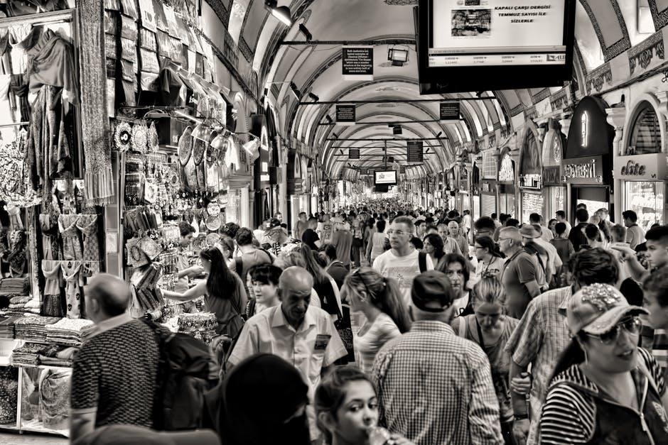 L'impact des blogueurs voyage sur le tourisme … #debatdumardi